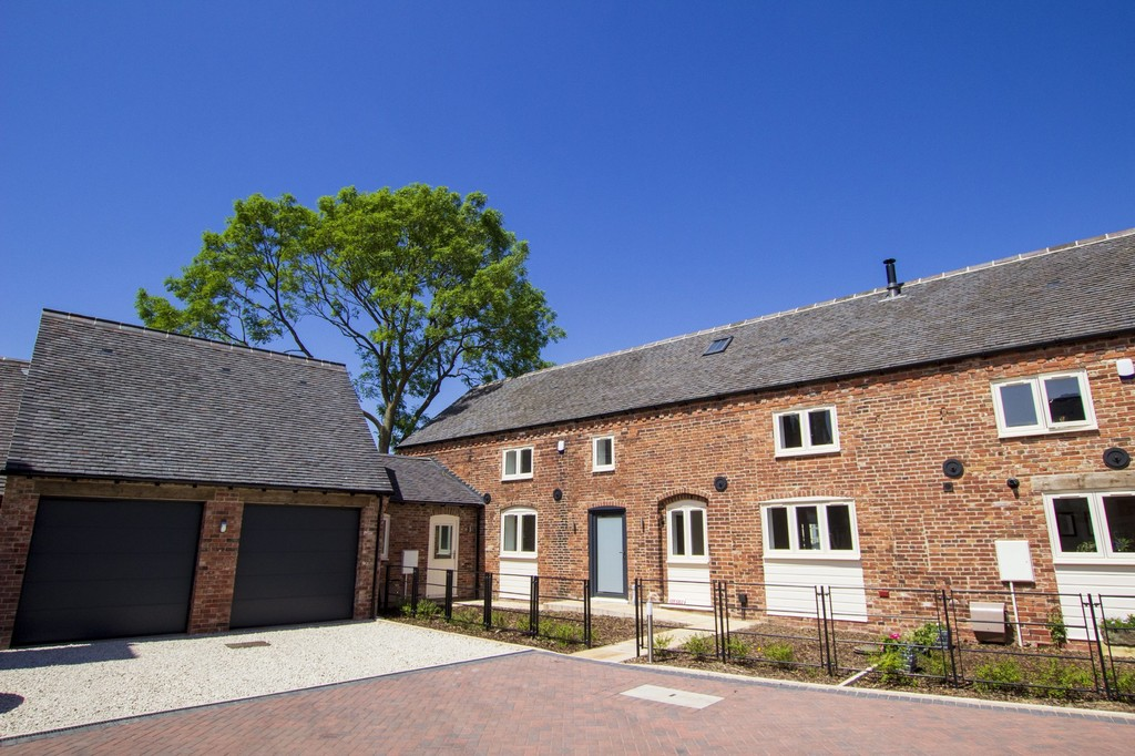 Hall Farm Close, Packington